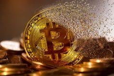 bitcoin por debajo de los 10,000