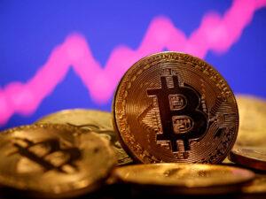 Expertos solicitan prohibir el uso de bitcoin
