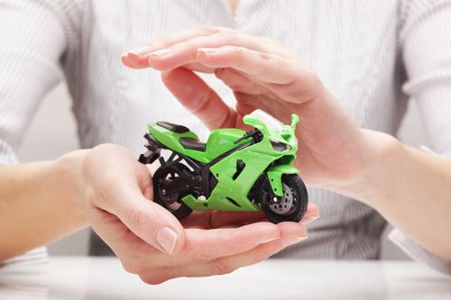 ahorrar en el seguro de tu moto