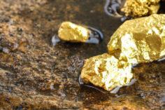 El oro vuelve a ser la mejor manera de guardar dinero y no las criptomonedas
